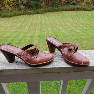 Clark's Artisian Heels